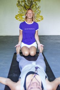 Access Consciousness Retreat Foundation Bars Körperprozesse Breathwork Ayuveda shirodara health-food Hammer-Inspiration zum Bewusstsein